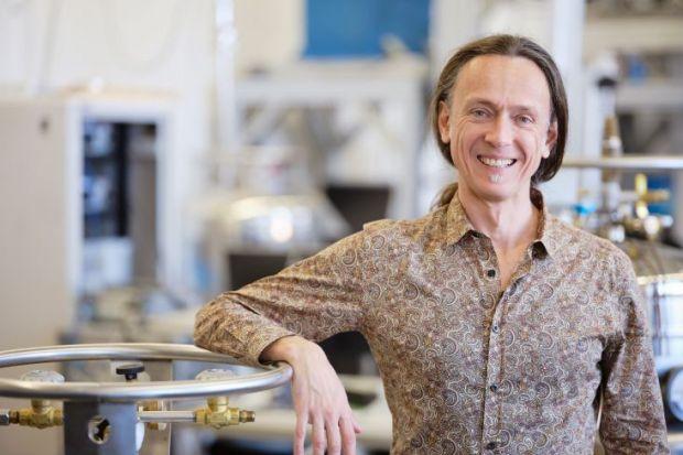 UNSW Sydney Scientia Professor Andrea Morello electrical engineering quantum mechanics